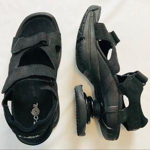 Z-Coil Black Sidewinder Velcro Spring Heel Sandals